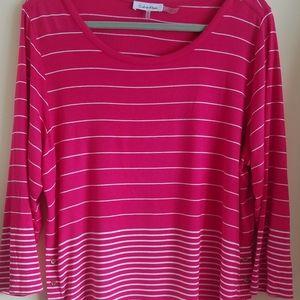 Calvin Klein light weight 3/4 long sleeve t shirt